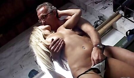 Little cat Lily fills sunny leone xvideo full hd both holes