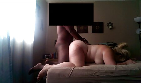 Sexy blonde gives xxx bf full hd a head
